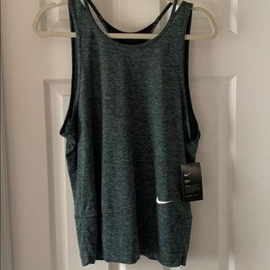 NWT Nike Open/Racerback Athletic Tank